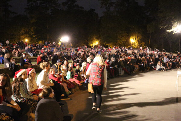 A Large crowd gathers at the Amphiteater to see Santa